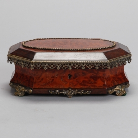 Photo of antique 19th Century Rosewood Burr Walnut Box With Ormolu Mounts